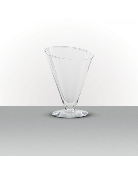 Taça Cônica Diagonal Ø18x23cm Alt. 1200ml